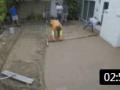 看看国外泥水工铺水泥地面, 国内老师傅都称赞这手艺真好! (173播放)